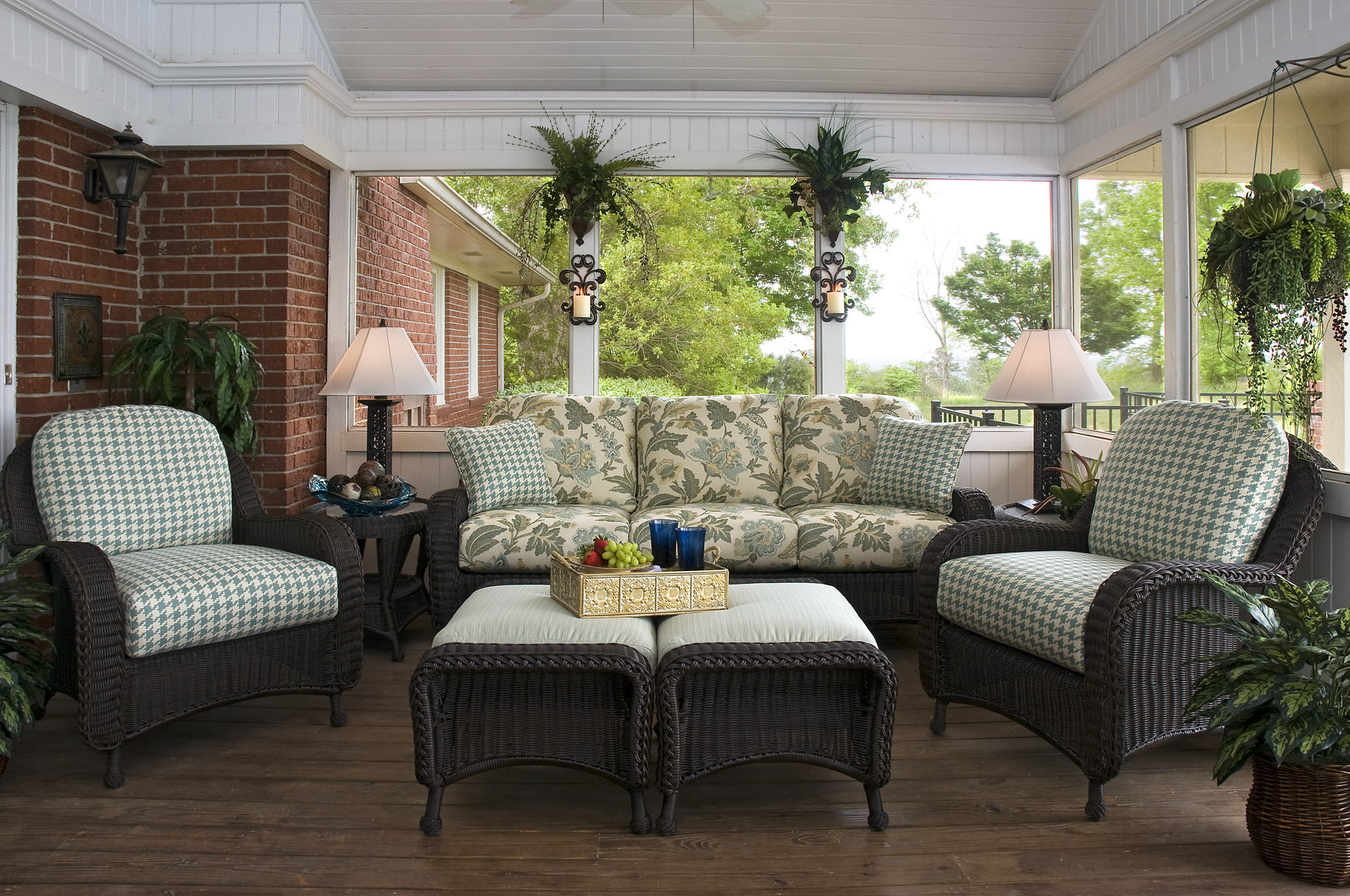 Outdoor Decorating at its finest | Catherine Pulcine - CPI ... on Living Spaces Outdoor Sectional id=37198