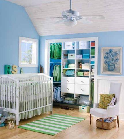 Child room closet photo